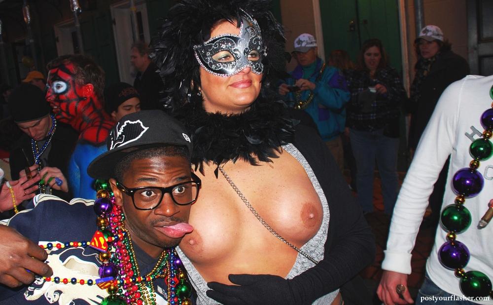 Mardi Gras Street Sex